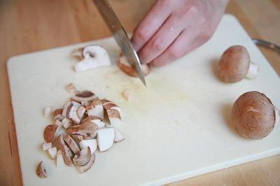 クリーミー豆乳キノコソースがけキヌアのハンバーグ6