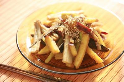 なつかしさとホッとした気持ちにしてくれる根菜のほくほくきんぴら9