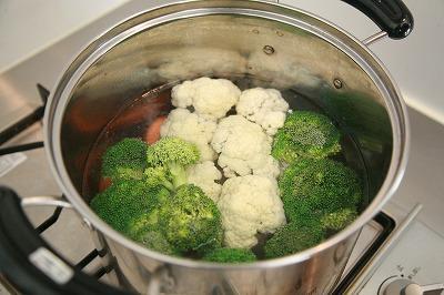 クリスマスパーティを盛り上げよう♪二種のディップとバゲット&温野菜3