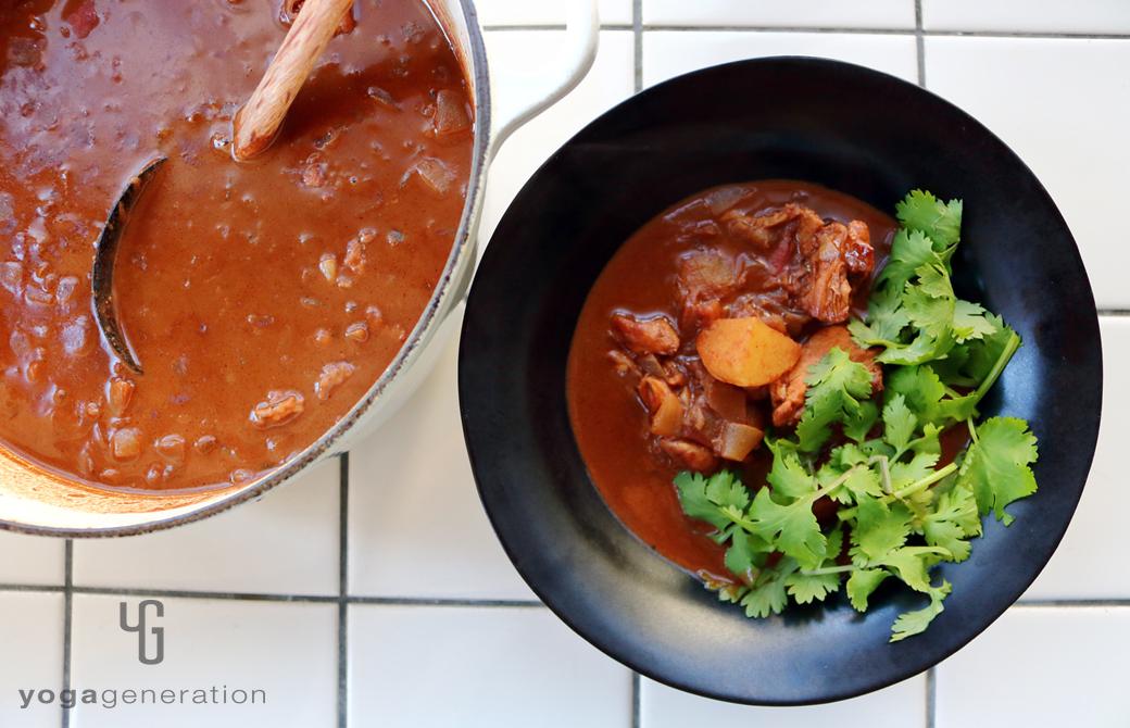 ジャガイモと鶏肉でメキシカン・スパイシー・チョコ・スープ